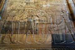 Ένας υπέροχα διακοσμημένος τοίχος στο ναό Kom Ombo στην Αίγυπτο στοκ εικόνα με δικαίωμα ελεύθερης χρήσης