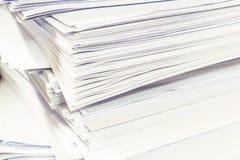 Ένας φάκελλος αρχείων με τα έγγραφα Στοκ φωτογραφίες με δικαίωμα ελεύθερης χρήσης