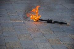 Ένας φανός πυρκαγιών που βρίσκεται στο πεζοδρόμιο τούβλου στοκ φωτογραφίες με δικαίωμα ελεύθερης χρήσης
