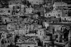 Ένας όμορφος γραπτός πυροβολισμός των σπιτιών πόλεων στοκ φωτογραφία