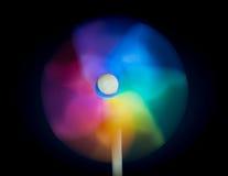 Ένας όμορφος που χρωματίζεται pinwheel Στοκ φωτογραφία με δικαίωμα ελεύθερης χρήσης