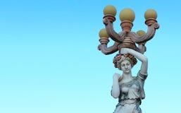 Ένα άγαλμα μιας γυναίκας στο πάρκο Στοκ φωτογραφία με δικαίωμα ελεύθερης χρήσης