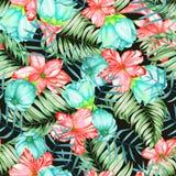 Ένα άνευ ραφής σχέδιο με τα κόκκινα και τυρκουάζ εξωτικά λουλούδια watercolor, hibiscus και τα φύλλα των φοινικών Στοκ Εικόνες