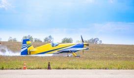 Ένα αεροπλάνο μόλις προσγειώθηκε Στοκ φωτογραφία με δικαίωμα ελεύθερης χρήσης
