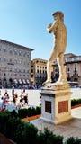 Ένα αντίγραφο Michelangelo& x27 το s Δαβίδ τοποθέτησε έξω από Palazzo Vecc στοκ εικόνες