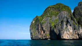 Ένα από τα Phi Ko Phi νησιά Στοκ φωτογραφία με δικαίωμα ελεύθερης χρήσης