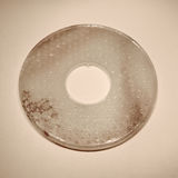 Ένα αρχαίο δαχτυλίδι νεφριτών Στοκ Φωτογραφίες
