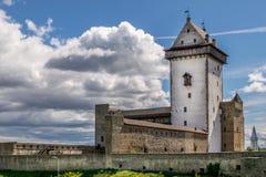 Ένα αρχαίο κάστρο μια ηλιόλουστη ημέρα στοκ φωτογραφία