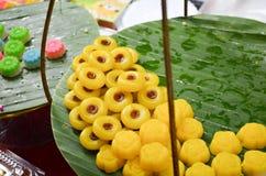 Ένα αρχαίο παραδοσιακό κίτρινο ταϊλανδικό επιδόρπιο Στοκ Φωτογραφίες