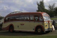 Ένα βασιλικό MK 3 λεωφορείο της ΕΚ Στοκ φωτογραφία με δικαίωμα ελεύθερης χρήσης