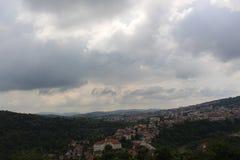 Ένα βλέμμα στο τοπίο του Βελίκο Τύρνοβο στοκ εικόνα