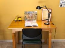 Ένα γραφείο σε έναν εργασιακό χώρο Στοκ Εικόνα