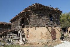 Ένα εγκαταλειμμένο του χωριού σπίτι Στοκ φωτογραφία με δικαίωμα ελεύθερης χρήσης