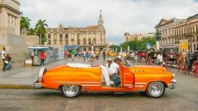 Ένα εκλεκτής ποιότητας αυτοκίνητο της Κούβας στην Αβάνα Paseo Marti Στοκ Εικόνα