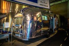 Ένα εκλεκτής ποιότητας ρυμουλκό ταξιδιού της Ford σε Elkhart, Ιντιάνα στοκ εικόνες