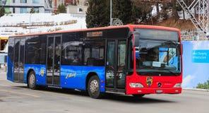 Ένα λεωφορείο της Mercedes-Benz Citaro στο ST Moritz, Ελβετία Στοκ Φωτογραφίες