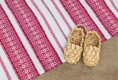 Ένα ζευγάρι των παπουτσιών ίνας ραφίας Στοκ Φωτογραφίες