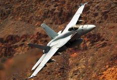 Ένα Ηνωμένο ναυτικό F/A-18 έξοχο Hornet στοκ φωτογραφίες
