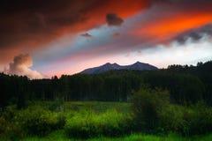 Ένα ηλιοβασίλεμα βουνών του Κολοράντο Στοκ φωτογραφίες με δικαίωμα ελεύθερης χρήσης