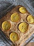 Ένα κέικ που γίνεται στο σπίτι Στοκ φωτογραφία με δικαίωμα ελεύθερης χρήσης