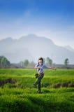 Ένα κινεζικό κορίτσι σε ομοιόμορφο Στοκ εικόνα με δικαίωμα ελεύθερης χρήσης
