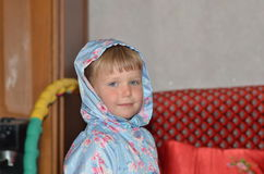 Ένα κορίτσι είναι ένα πρότυπο Στοκ Φωτογραφία