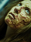Ένα κορίτσι με το μμένο δέρμα makeup Στοκ Εικόνες