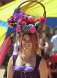 Ένα κορίτσι λουλουδιών στο φεστιβάλ αναγέννησης της Αριζόνα Στοκ εικόνα με δικαίωμα ελεύθερης χρήσης