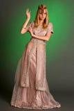 Ένα κορίτσι στο ανατολικό φόρεμα Στοκ φωτογραφίες με δικαίωμα ελεύθερης χρήσης