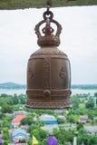 Ένα κουδούνι στον ταϊλανδικό ναό Στοκ εικόνα με δικαίωμα ελεύθερης χρήσης