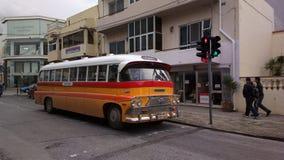 Ένα κλασικό λεωφορείο της Μάλτας στοκ φωτογραφία με δικαίωμα ελεύθερης χρήσης