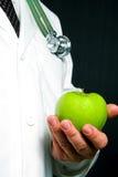 Ένα μήλο ημερησίως Στοκ φωτογραφία με δικαίωμα ελεύθερης χρήσης