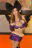 Ένα μη αναγνωρισμένο ιαπωνικό anime cosplay θέτει στο παιχνίδι της Ταϊλάνδης παρουσιάζει ΜΕΓΑΛΟ φεστιβάλ το 2013 Στοκ Εικόνες