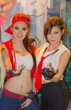 Ένα μη αναγνωρισμένο ιαπωνικό anime cosplay θέτει στο παιχνίδι της Ταϊλάνδης παρουσιάζει ΜΕΓΑΛΟ φεστιβάλ το 2013 Στοκ Φωτογραφία