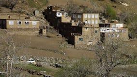 Ένα μικρό χωριό σε μια απομονωμένη περιοχή απόθεμα βίντεο