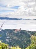 Ένα μοναστήρι στα σύννεφα Στοκ Εικόνες