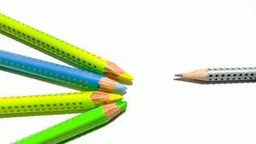 Ένα μολύβι που αποβάλλεται διαφορετικό από το ίδιο πράγμα Στοκ Εικόνες