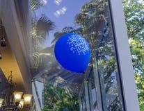 Ένα μπλε χρόνια πολλά μπαλόνι Στοκ Εικόνες