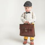 Ένα ντροπαλό αγόρι έτοιμο για το σχολείο Στοκ Εικόνα