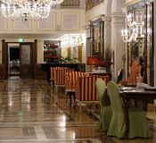 Ένα ξενοδοχείο από τα κανάλια της Βενετίας Στοκ εικόνα με δικαίωμα ελεύθερης χρήσης