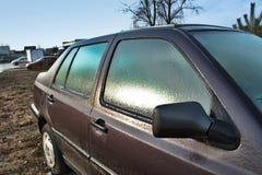 Ένα παγωμένο αυτοκίνητο Στοκ εικόνες με δικαίωμα ελεύθερης χρήσης