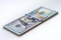 Ένα πακέτο των τραπεζογραμματίων αμερικανικών δολαρίων Στοκ Φωτογραφίες
