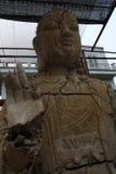 Ένα παλαιό σπασμένο άγαλμα του Βούδα Στοκ Φωτογραφία