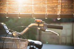 Ένα πιάσιμο φραγμών λαβών ποδηλάτων Στοκ φωτογραφία με δικαίωμα ελεύθερης χρήσης