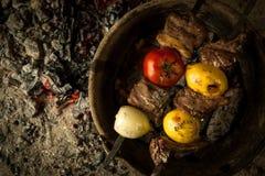 Ένα πιάτο στους κρύους άνθρακες Στοκ φωτογραφίες με δικαίωμα ελεύθερης χρήσης