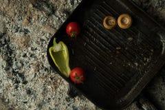 Ένα πιάτο στους κρύους άνθρακες Στοκ φωτογραφία με δικαίωμα ελεύθερης χρήσης
