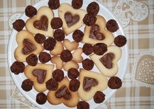 Ένα πιάτο των μπισκότων καρδιών Στοκ Εικόνα