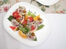 Ένα πιάτο των πρόχειρων φαγητών στοκ φωτογραφίες με δικαίωμα ελεύθερης χρήσης