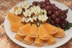 Ένα πιάτο των φρούτων Στοκ φωτογραφίες με δικαίωμα ελεύθερης χρήσης