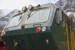 Ένα πράσινο τραίνο στο διάσημο σιδηρόδρομο Flam στη Νορβηγία Στοκ φωτογραφία με δικαίωμα ελεύθερης χρήσης